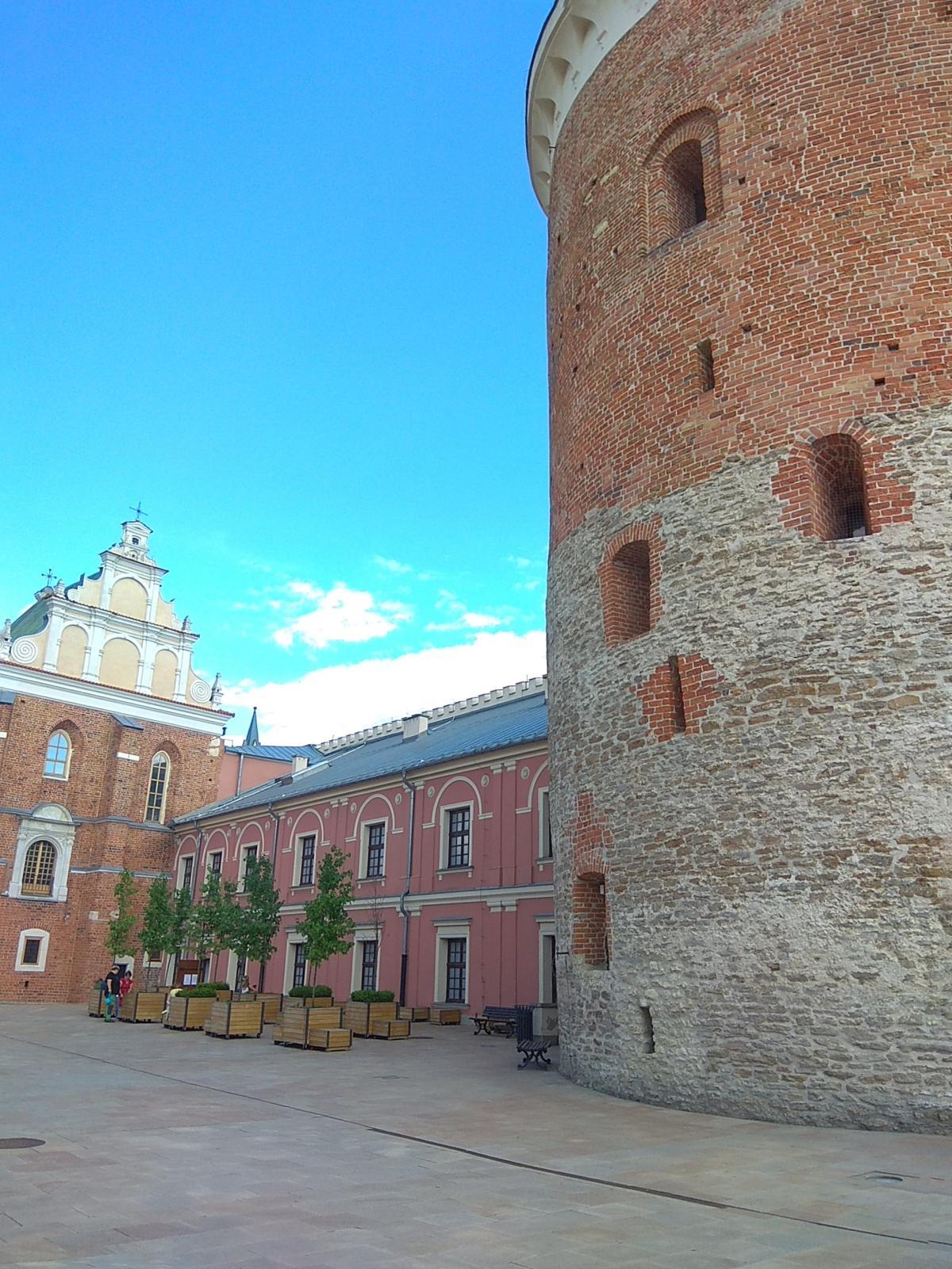 Часовня Святой Троицы и башня-донжон/ фото Варвара Вайс