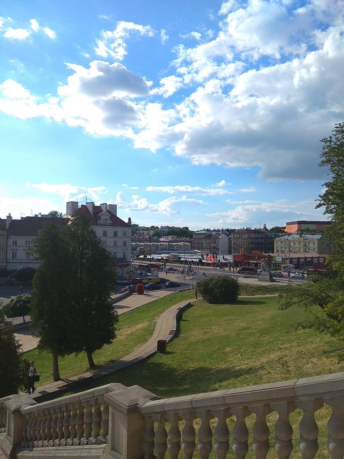 Замковая площадь, вид справа / фото Варвара Вайс