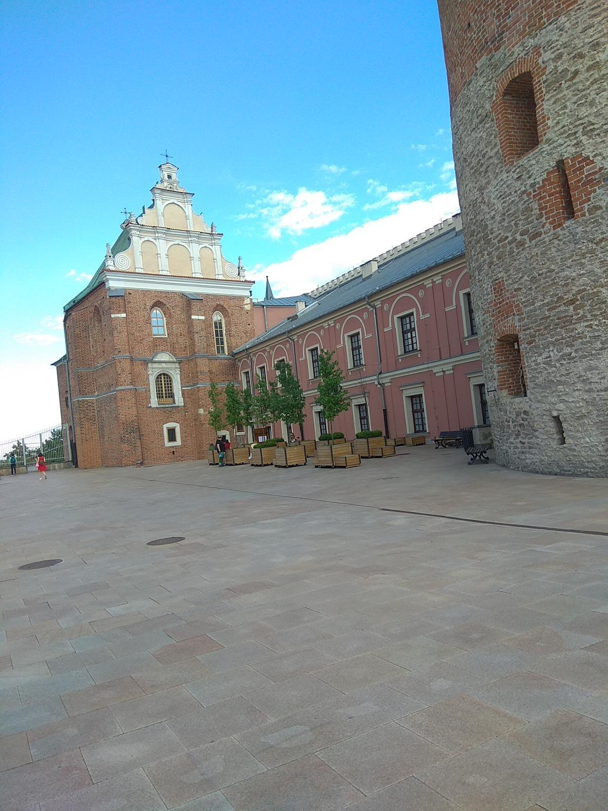 Внутренний двор замка / фото Варвара Вайс