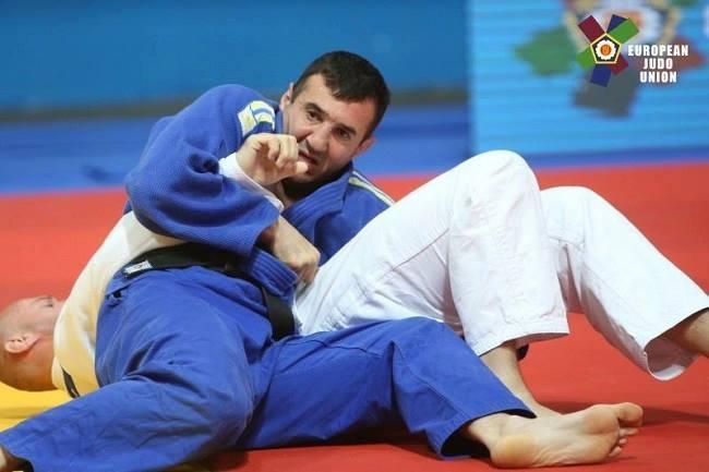 Украинец Илья Чимчиури стал чемпионом Европы среди ветеранов / EJU
