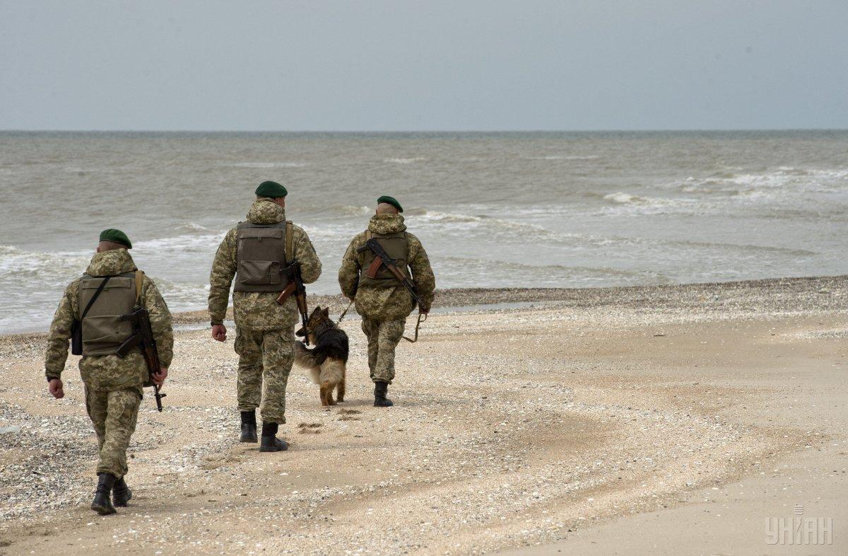 Россия с помощью военной силы обесценивает экономическую и торговую деятельность Украины в Азовском море / фото УНИАН