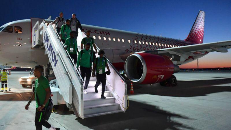 Літак зі збірноюСаудівської Аравії загорівся в повітрі / uk.sports.yahoo.com