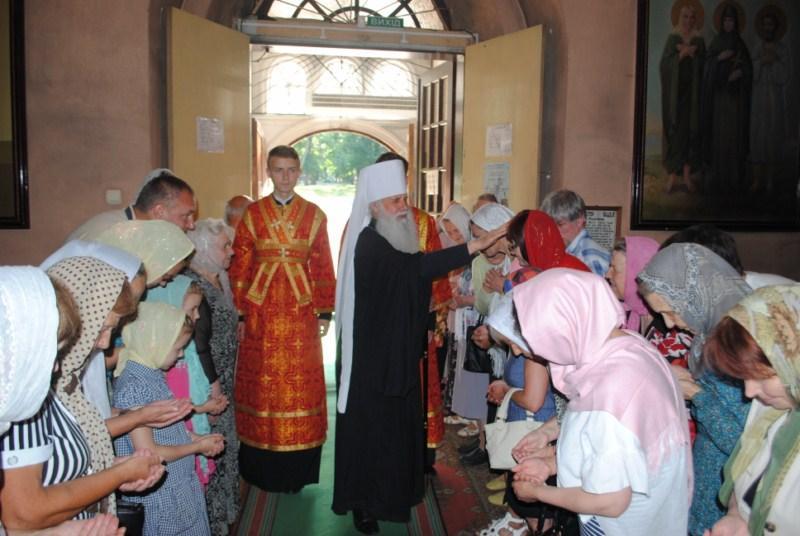 Архиерейское богослужение накануне дня памяти святого благоверного князя Игоря Черниговского / orthodox.com.ua
