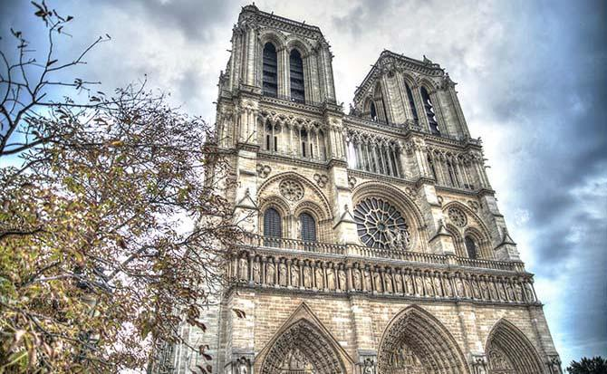 Собор Парижской богоматери закрыли из-за забастовки/ mytravelry.com