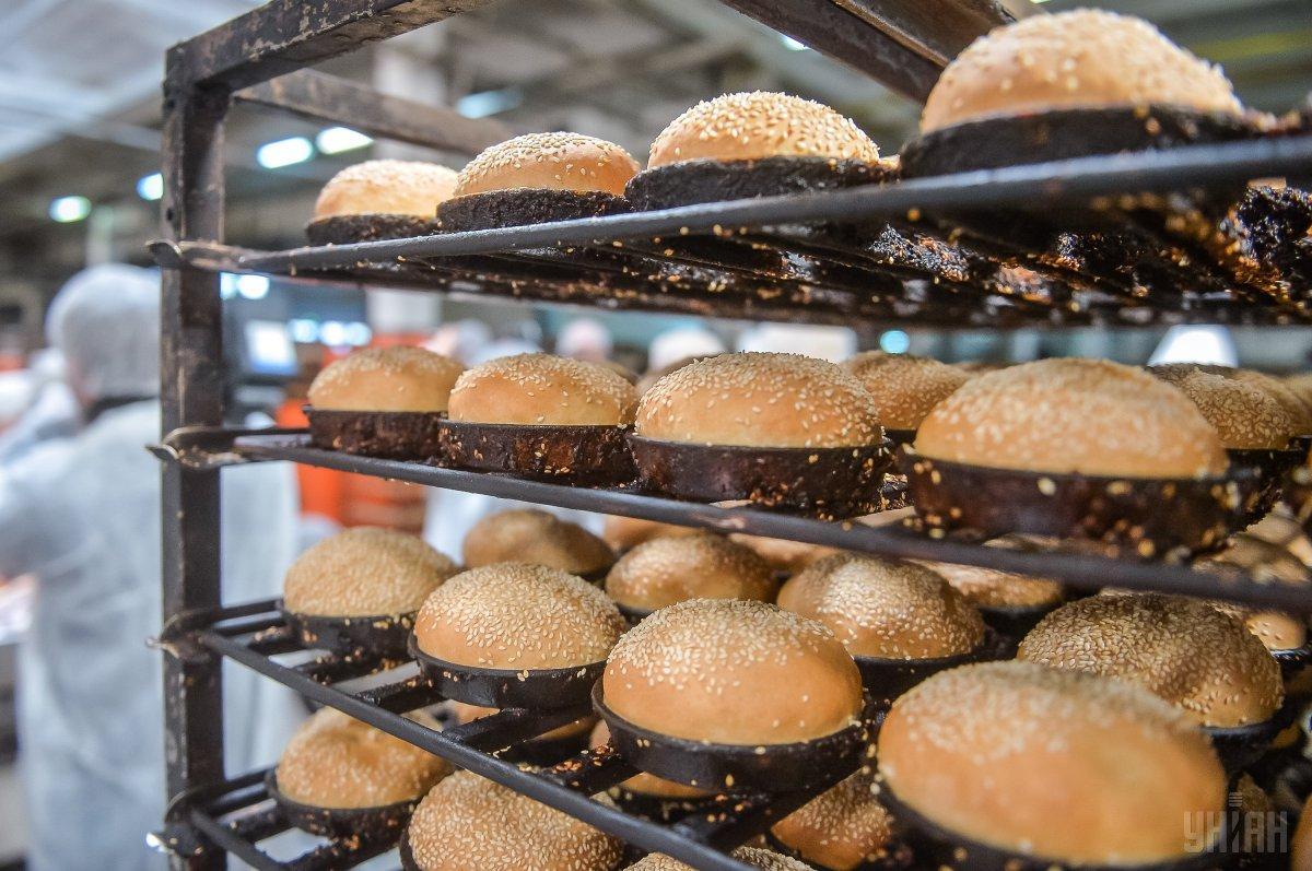 В июне хлеб и хлебопродукты подорожали на 8,8% / фото УНИАН