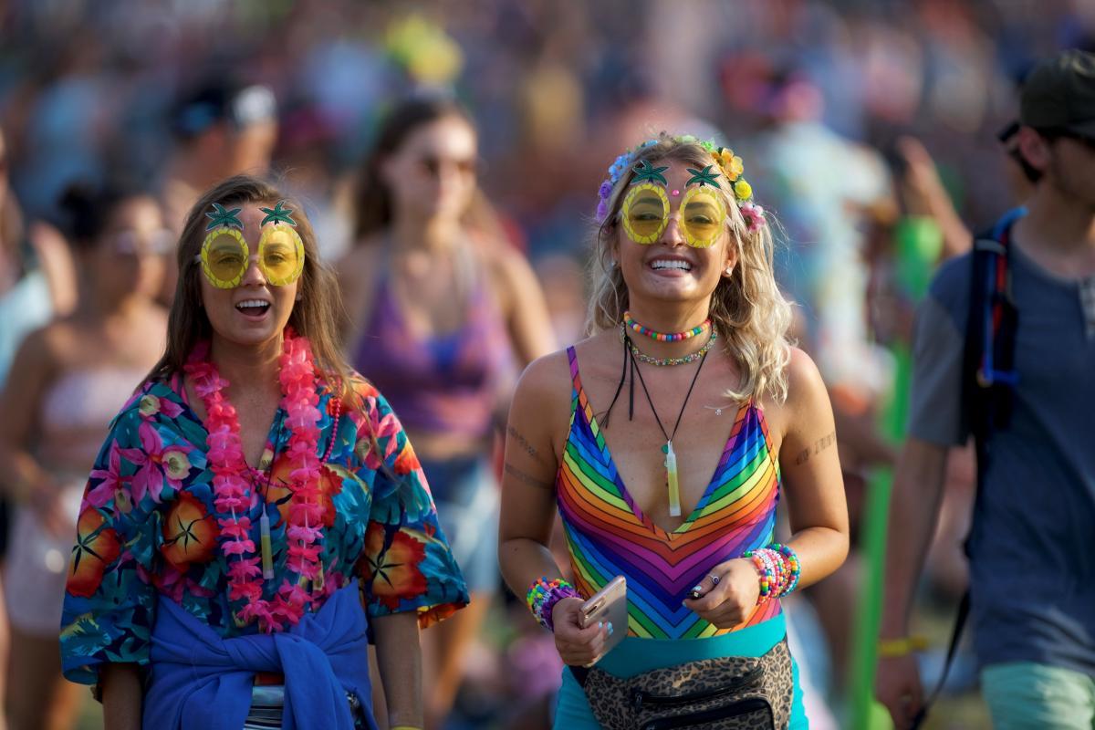 Літні фестивалі в Європі - це завжди яскраві емоції / Фото REUTERS