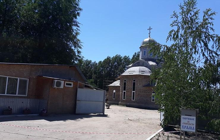 Поліція затримала чоловіків, які вбили сторожа храму УПЦ в Мелітополі / zp.npu.gov.ua