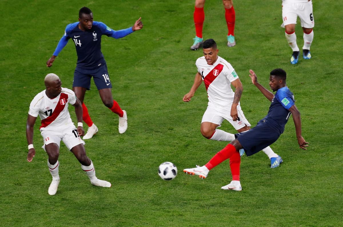 Французи обіграли перуанців і достроково вийшли в плей-офф ЧС-2018 / Reuters