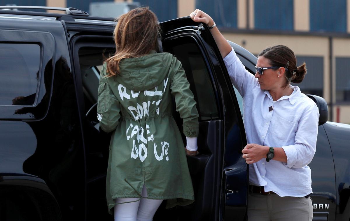 Трамп прокомментировал вызывающую надпись накуртке его супруги
