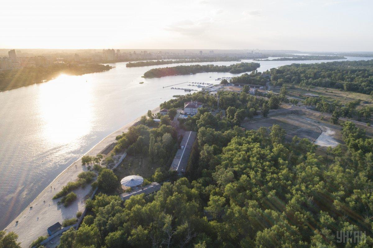 У Києві незаконно продають земельні ділянки в зелених зонах / фото УНІАН