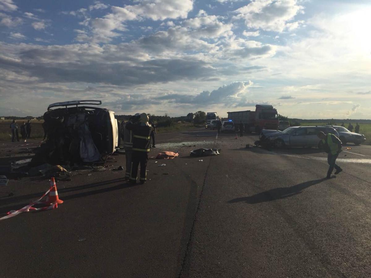 В результате ДТП на Ровенщине погибли 4 человека / фото rv.npu.gov.ua