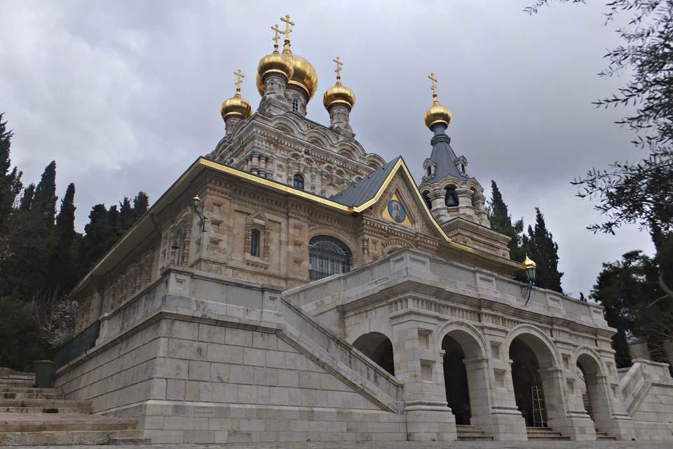 Церковь Марии Магдалины на Масличной горе в Иерусалиме / Леон Левитас