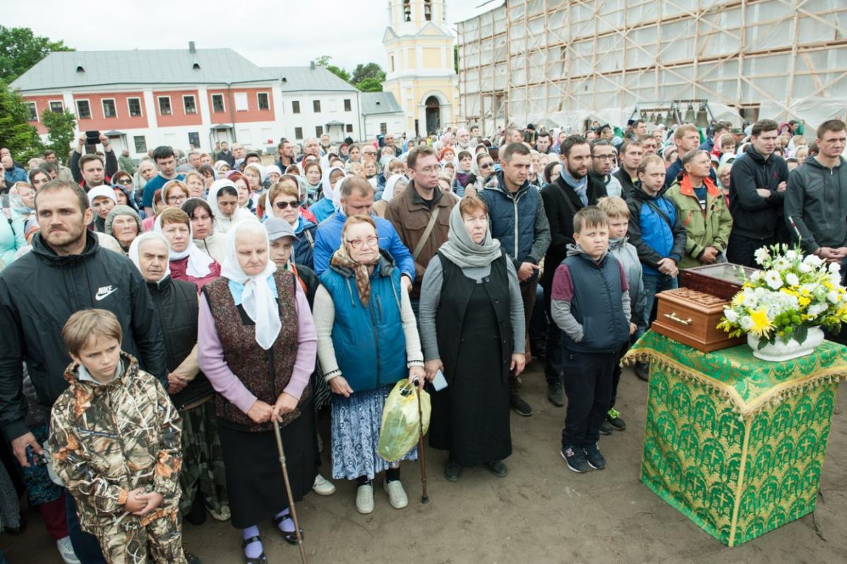 На празднование 625-летия Коневского монастыря на остров Коневец прибыли паломники / patriarchia.ru