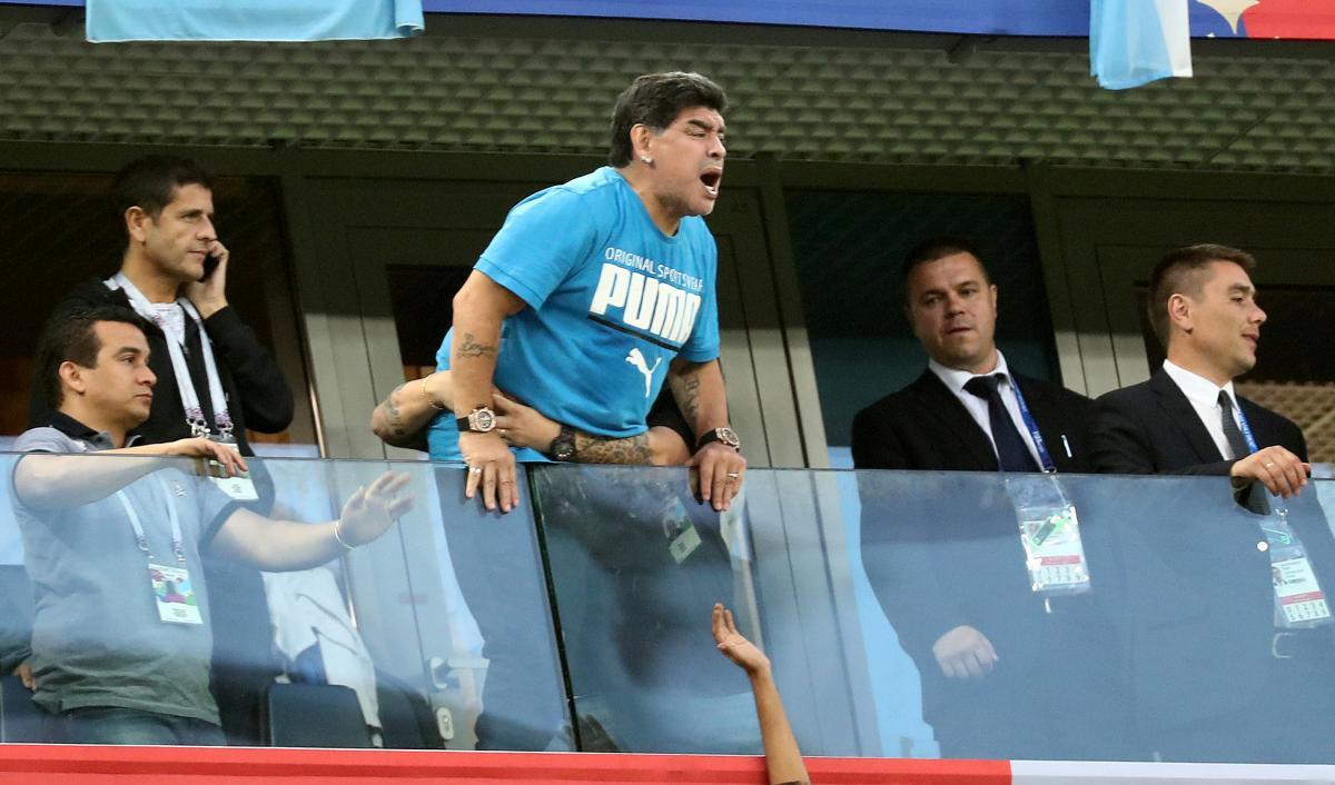Дієго Марадона відвідав всі три гри збірної Аргентини на ЧС-2018 / REUTERS