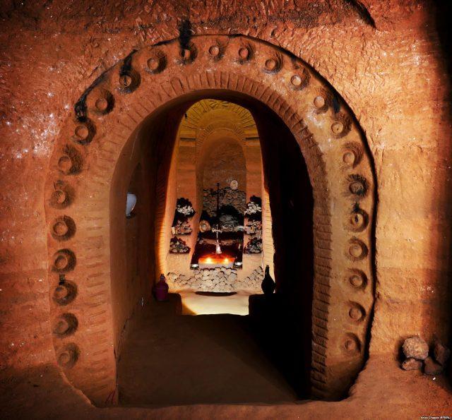 Армянин 23 года строил подземный храм / Radio Free Europe