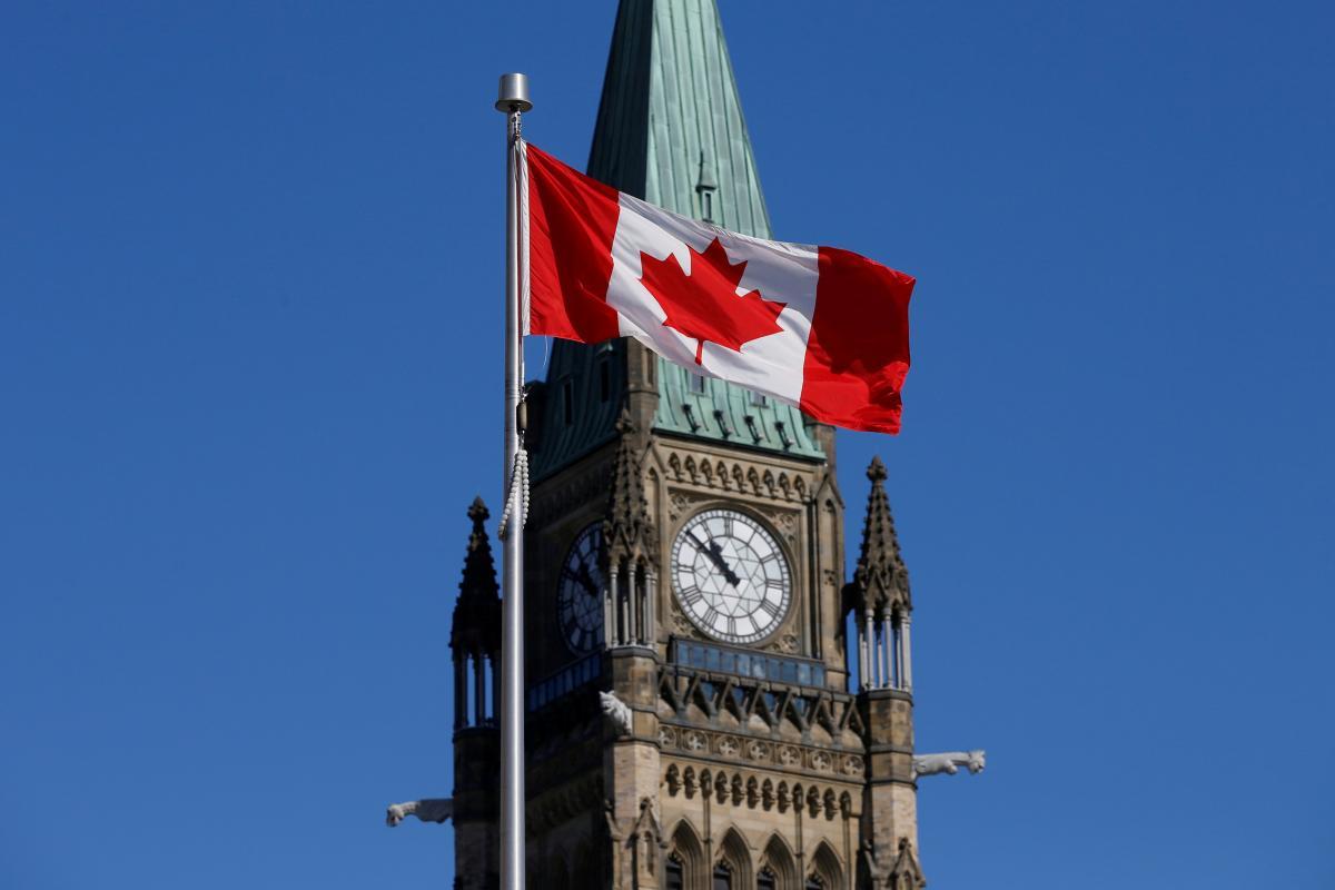 Канада может снова уйти на жесткий карантин / REUTERS
