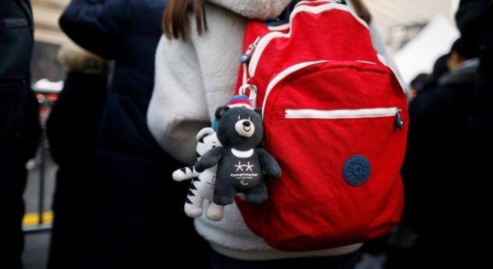 Нові правила перевезення ручної поклажі Wizz Air  маленький рюкзак чи сумку  все ж можна буде взяти на борт безкоштовно (13.99 23) bf7c4b4057ffa