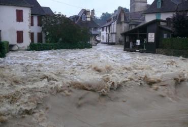 Мощные ливни затопили юго-запад Франции