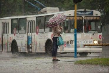 Синоптики обещают завтра кратковременные дожди по всей Украине (карта)
