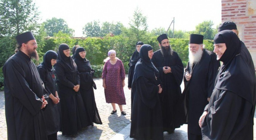 Намісник обителі Ватопед дав духовні поради сестрам монастиря під Києвом