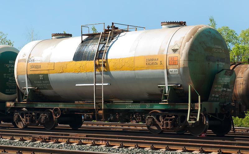 Міжвідомча комісія з міжнародної торгівлі 2 липня встановила квоти на імпорт в Україну сірчаної кислоти / фото scaletrainsclub.com