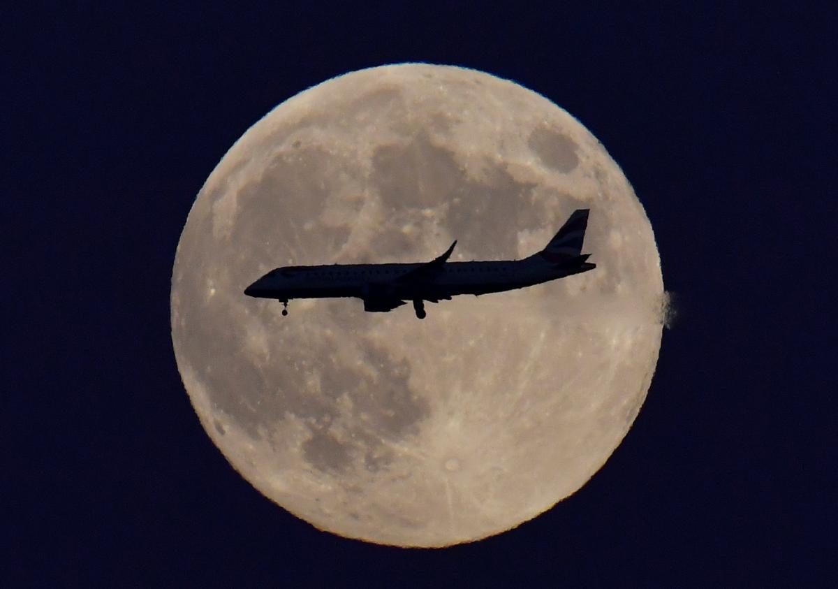 Спланировать авиаперелет с пересадкой вполне реально / Фото REUTERS
