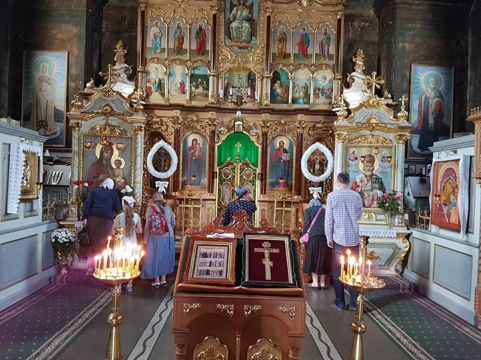 Паломники відвідали святині Мукачівської та Хустської єпархій УПЦ / m-church.org.ua