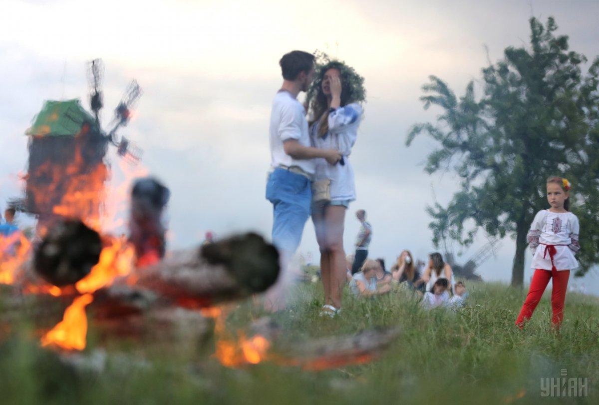 Купальская пора была периодом планирования беременности для молодых пар / фото УНИАН
