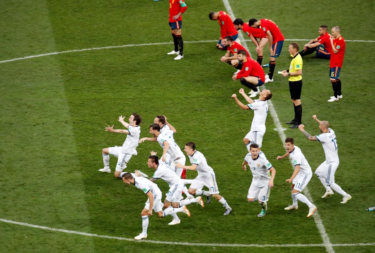 СборнаяРоссии обыграла Испанию в серии пенальти / REUTERS