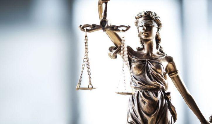 Фигуранта дела о вмешательстве в деятельность судебных органов оставили в должности/ фото: prm.ua