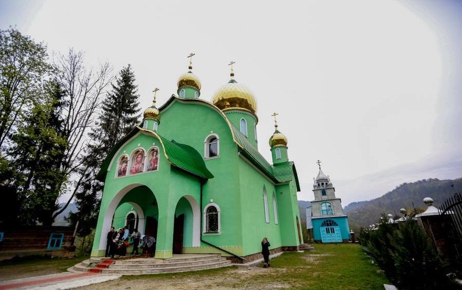 Святкування відбудеться у Свято-Дмитрівському храмі села Мала Уголька / orthodoxkhust.org.ua