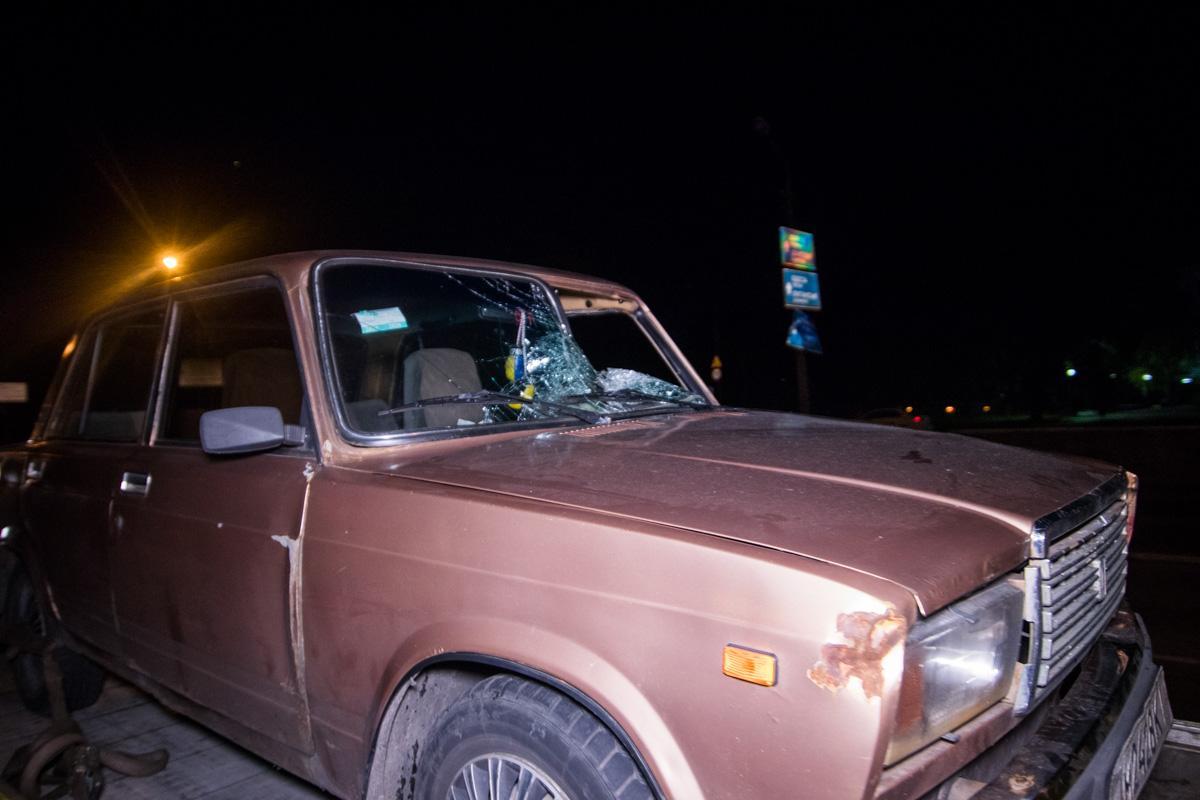 В Киеве на Братиславской водитель ВАЗ насмерть сбил пешехода / фото kiev.informator.ua