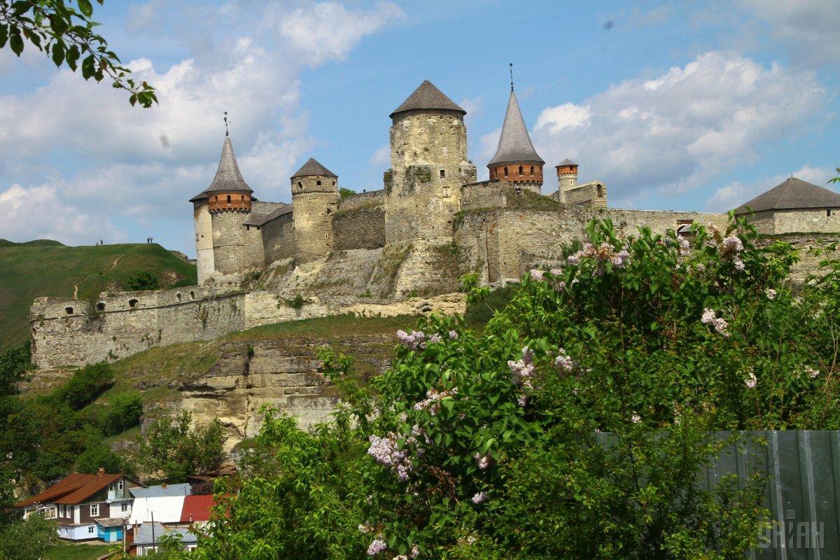 Каменец-Подольский - удивительный «цветок на камне» и один из самых красивых городов Украины / УНИАН