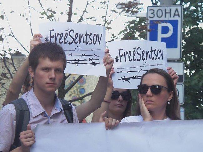Сенцов не збирається припиняти голодування / фото Олег Богачук, Цензор.НЕМАЄ