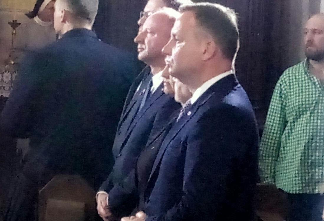Анджей Дуда почтил память жертв Волынской трагедии в луцком костеле / volynnews.com