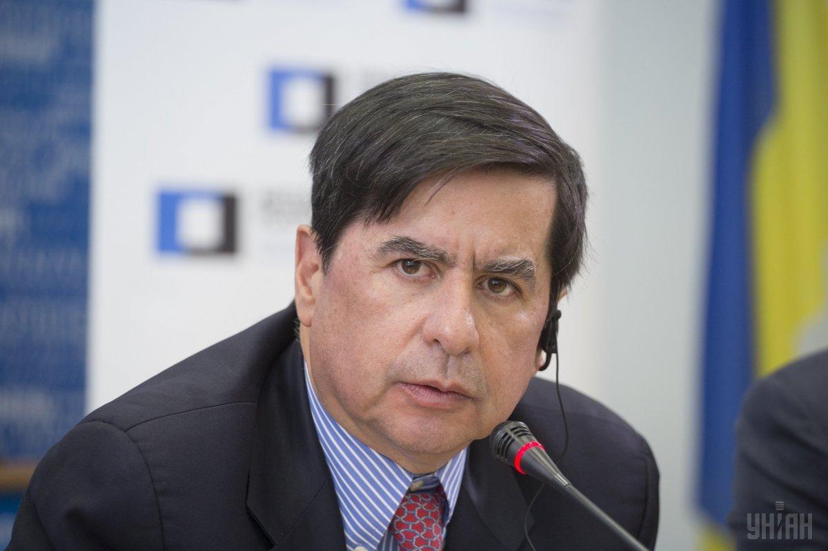 Экс-министр внутренних дел Колумбии Хуан Фернандо Кристо / фото УНИАН