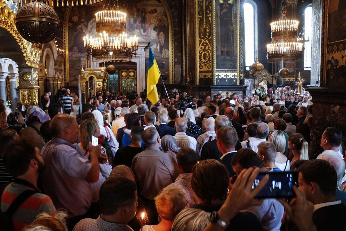 Отпевание Лукьяненко совершил Патриарх Филарет / kiev.informator.ua