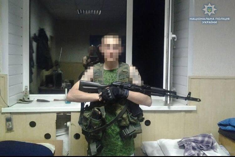 Наразі підозрюваний співпрацює зі слідством / фото facebook.com/policeLG/