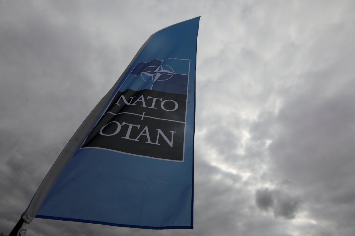 НАТО можезбільшити фінансування основної діяльності зі стримування і оборони / REUTERS