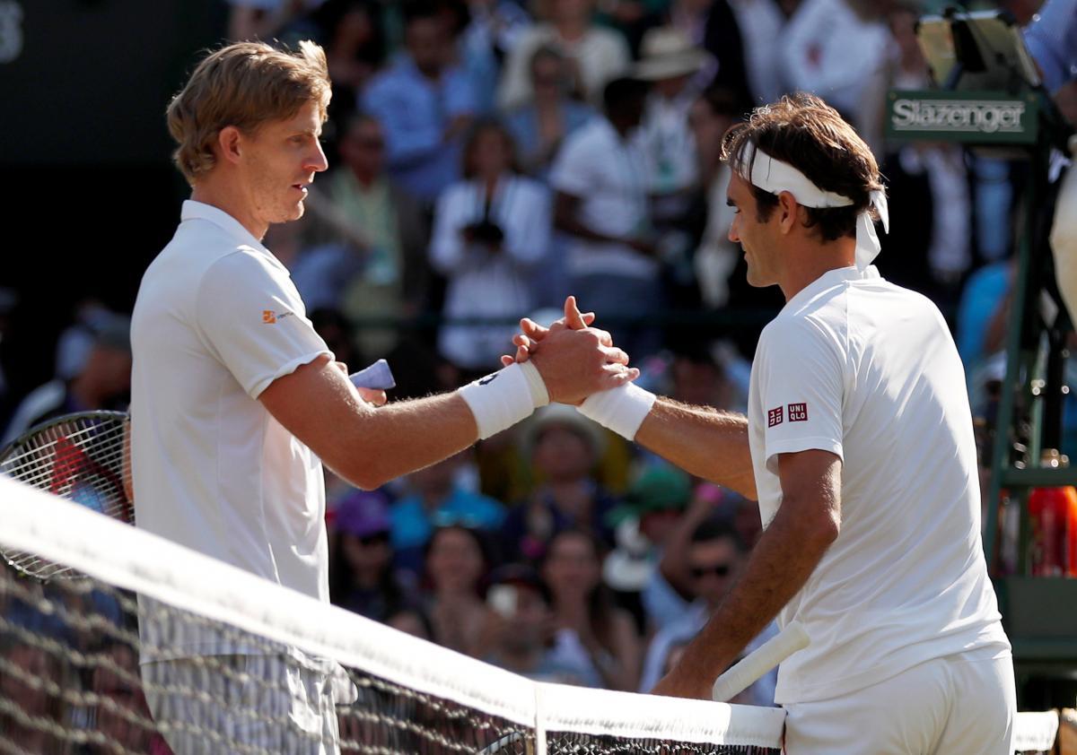 Роджер Федерер поступився Кевіну Андерсону у чвертьфіналі Вімблдону / REUTERS