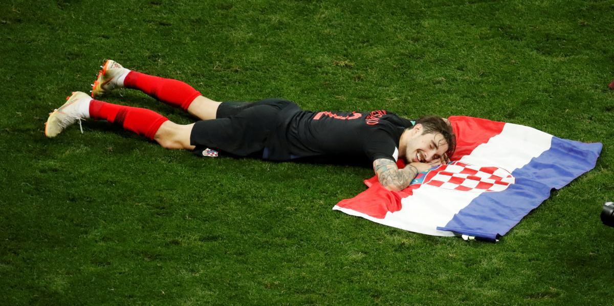 Хорватские футболисты празднуют выход в финал ЧМ-2018 / REUTERS