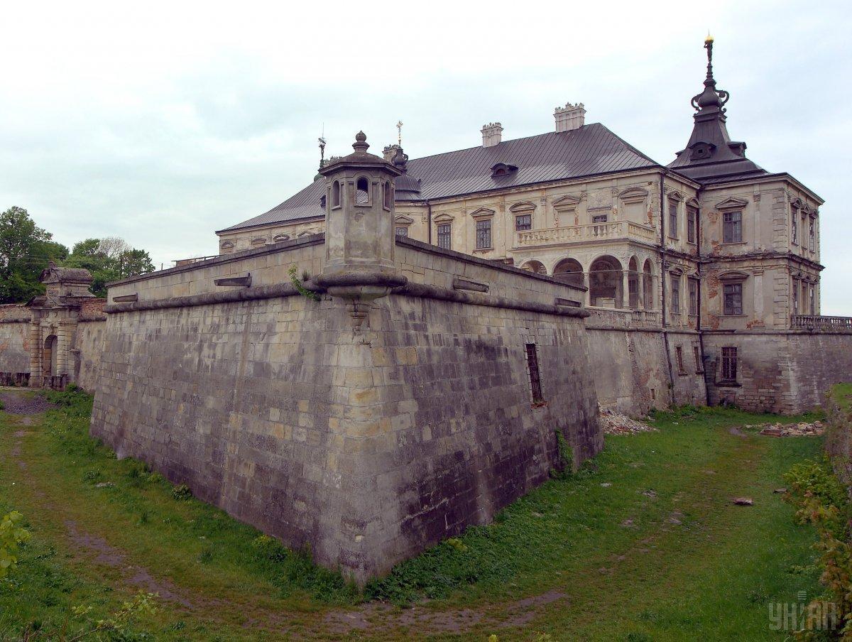 В Україні чимало старовинних замків / фото УНІАН