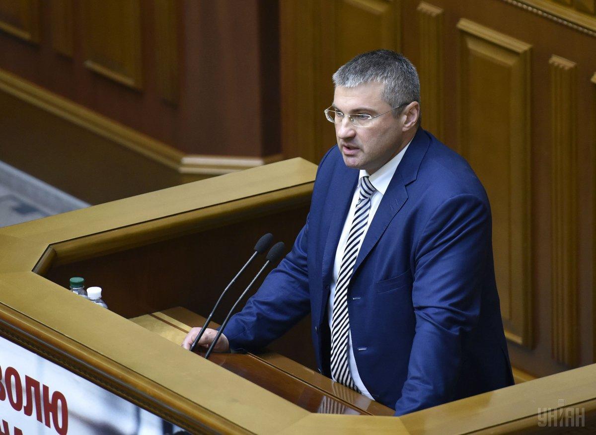 Мищенко: Кабинет Министров палец о палец не стукнул, чтобы решить вопрос «еврономеров» / фото УНИАН