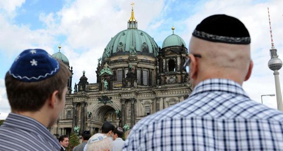 В Германии палестинец напал на еврейского профессора / jewishnews.com.ua
