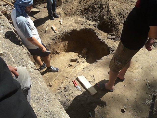 Недалеко від Кирилівської церкви знайшли унікальні артефакти / kiev.segodnya.ua