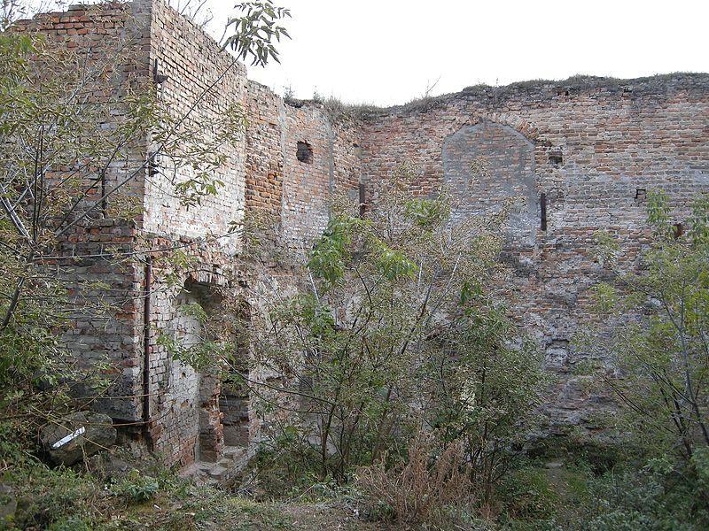 Інтер'єр західної вежі замку Клевань / Фото uk.wikipedia.org