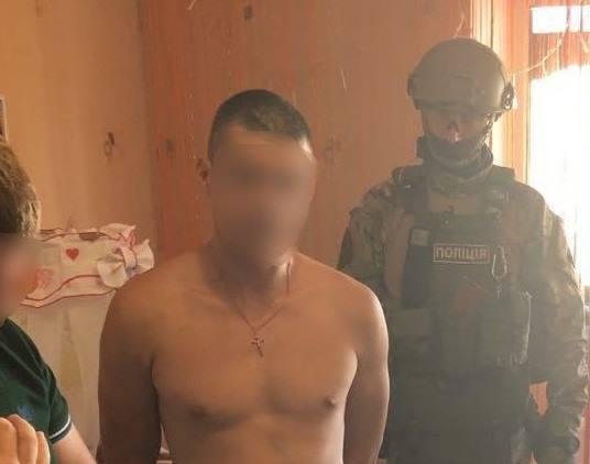 Извращенцу объявили о подозрении / фото facebook.com/kyiv.gp.gov.ua