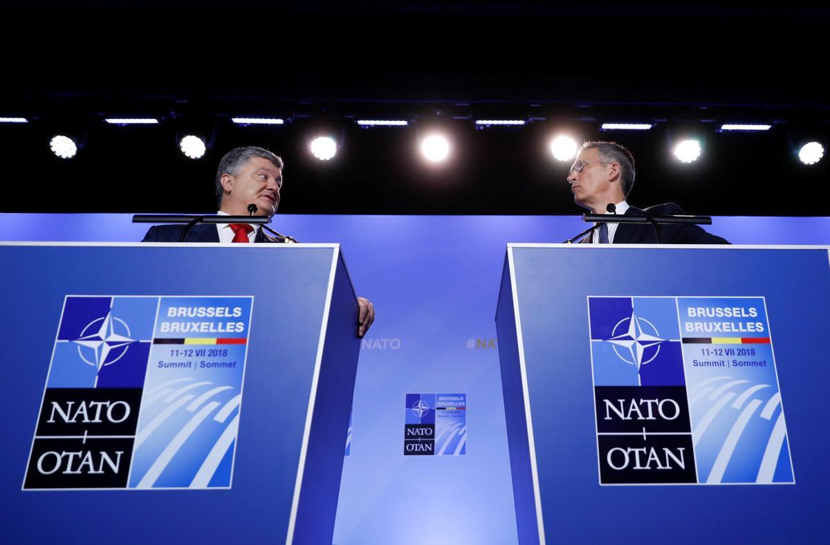 Петр Порошенко и Йенс Столтенберг / фото REUTERS