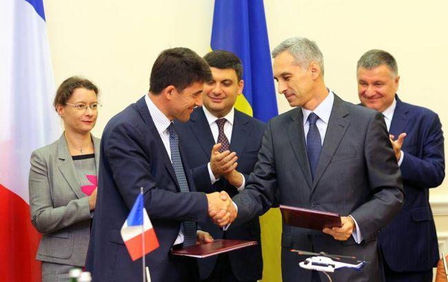 Украина и Франция подписали контракт на приобретение 55 вертолетов / фото facebook.com/mvs.gov.ua