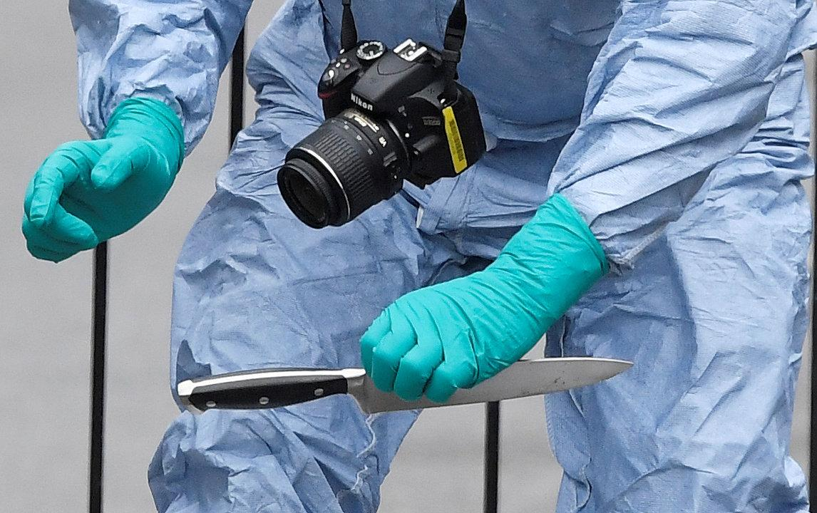 В Санкт-Петербурге россиянин напал с ножом на сотрудника украинского консульства / иллюстрация / REUTERS